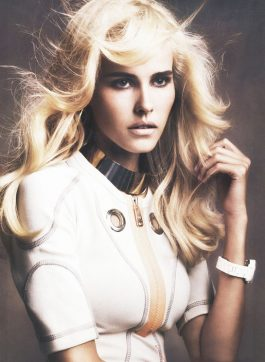 isabel lucas MARIE CLAIRE